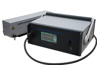 Laserowy wzorzec częstotliwości LJSC-03